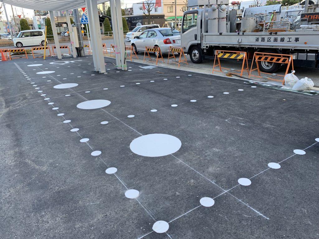 知立市 カーディーラー様駐車場 新設ライン工事